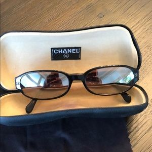 AUTHENTIC CHANEL BROWN SUNGLASSES